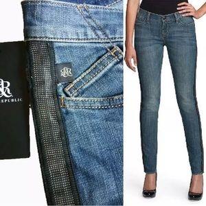 ☠️Rock & Republic Berlin Tuxedo Stripe Stud Jeans